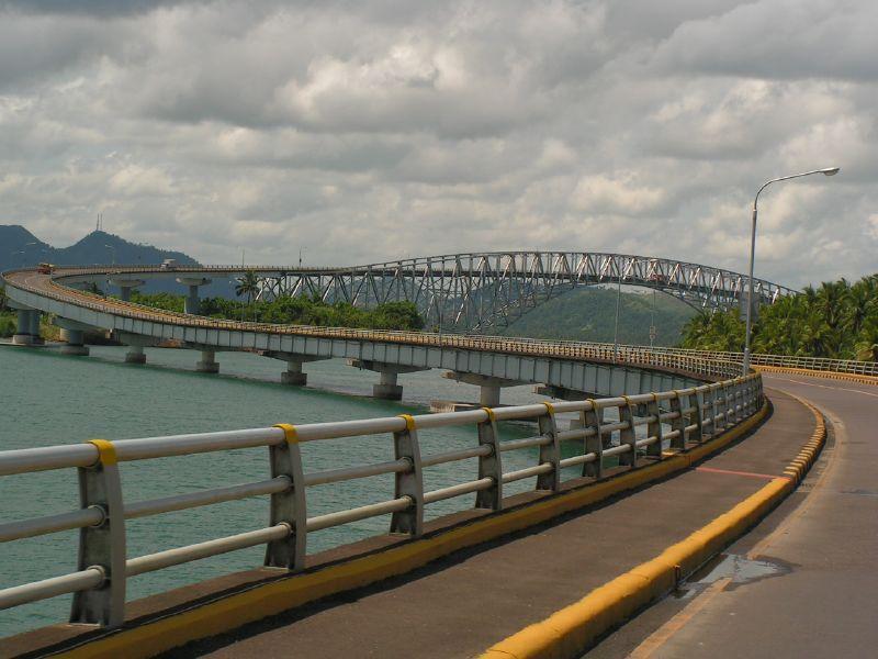 Go Across the San Juanico Bridge