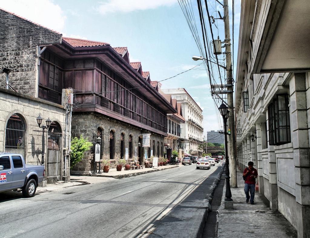 Abandoned Places In The World Intramuros The Historic Past Inside The Walled City