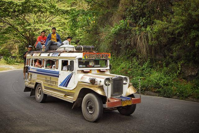 Sarao Jeepneys: Only in the Philippines!