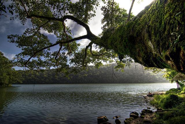 The Greenish Lake Bulusan!