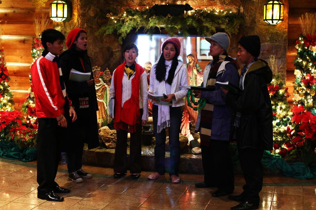 Sound Of Christmas.Listening To The Sound Of Christmas Caroling
